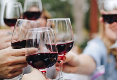 Number of Australians drinking alcohol increases for first time in four years in 2020 – powered by wine, spirits and RTDs